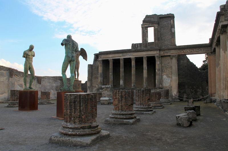 Pompeje Zwiedzanie Historia Ciekawostki