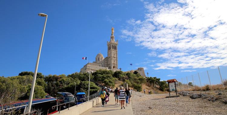 !Widok na Bazylikę Notre Dame de la Garde w Marsylii